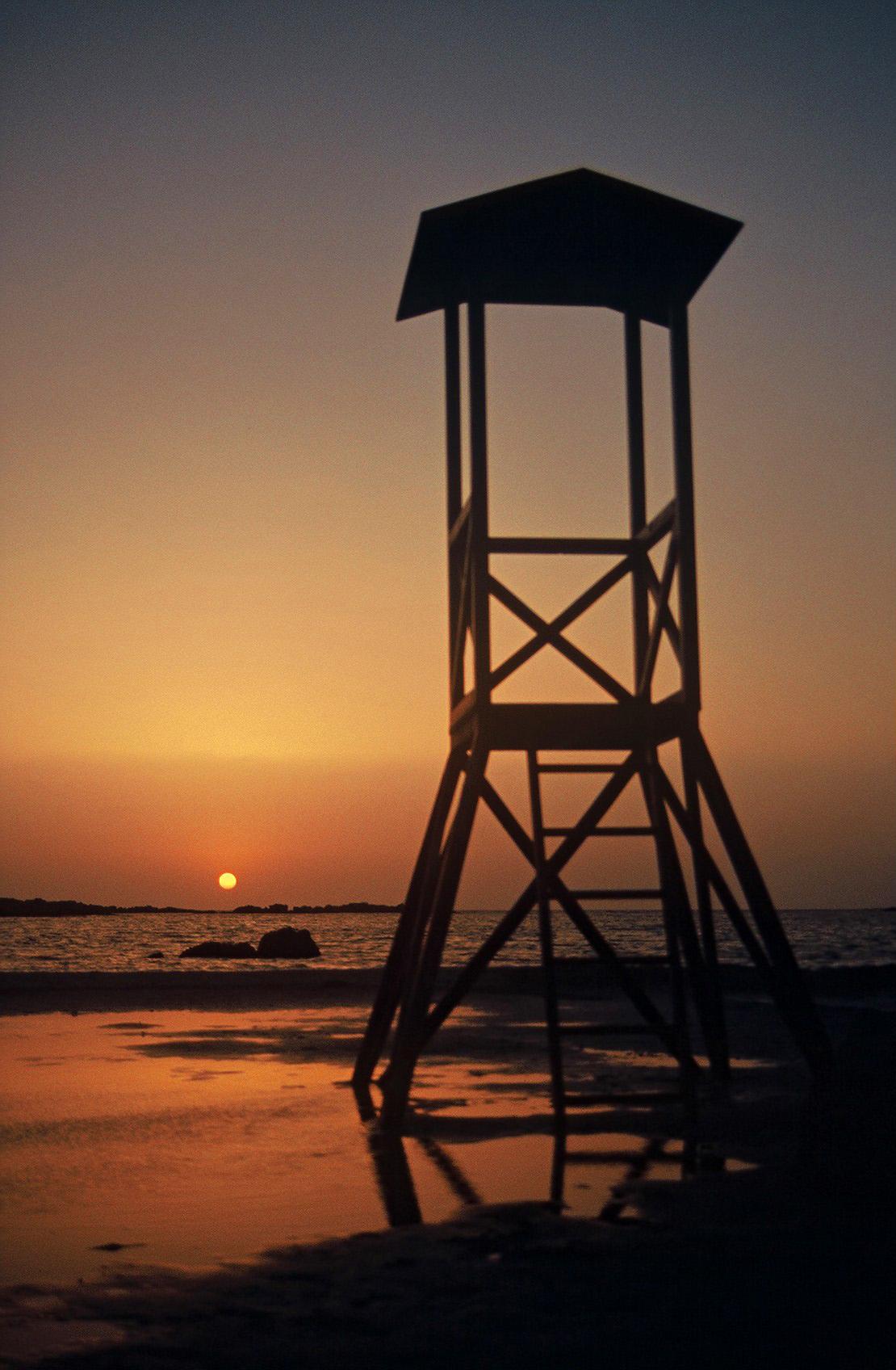 Lifeguard, beach, sea, sunset, lifeguard, constrast