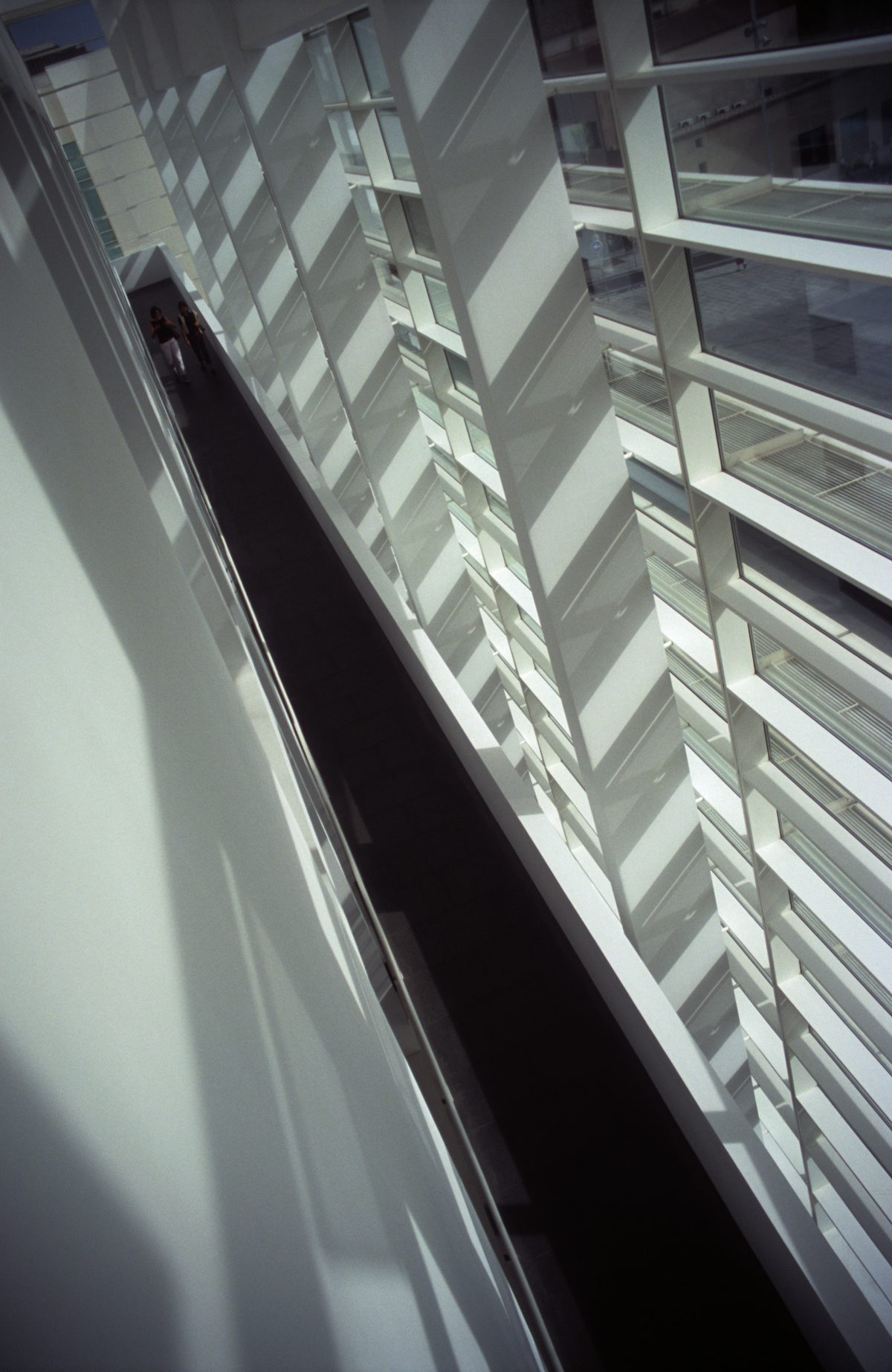 Walkway - Museum of Contemporary Art, design, walk