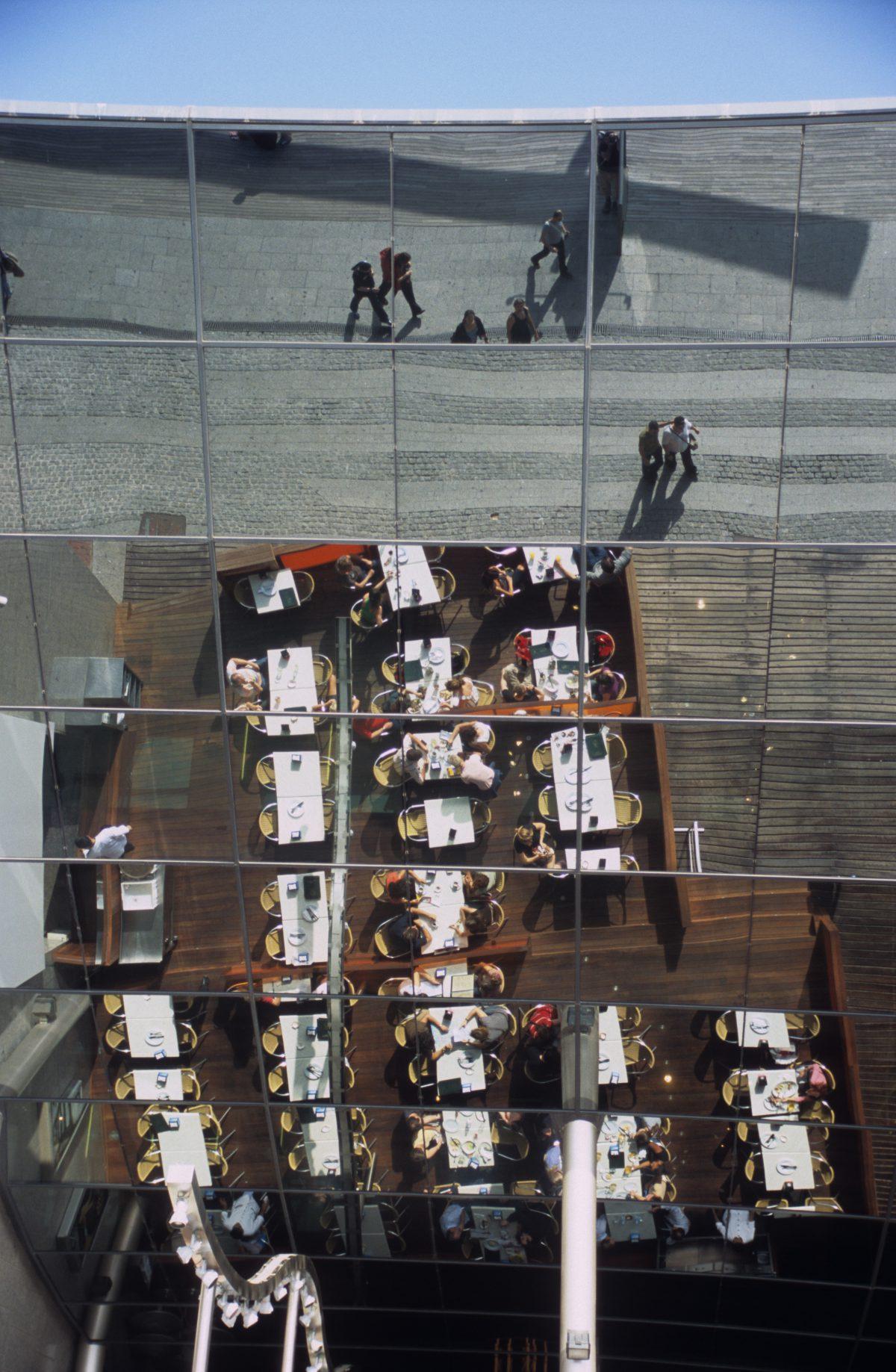 restaurant, reflection