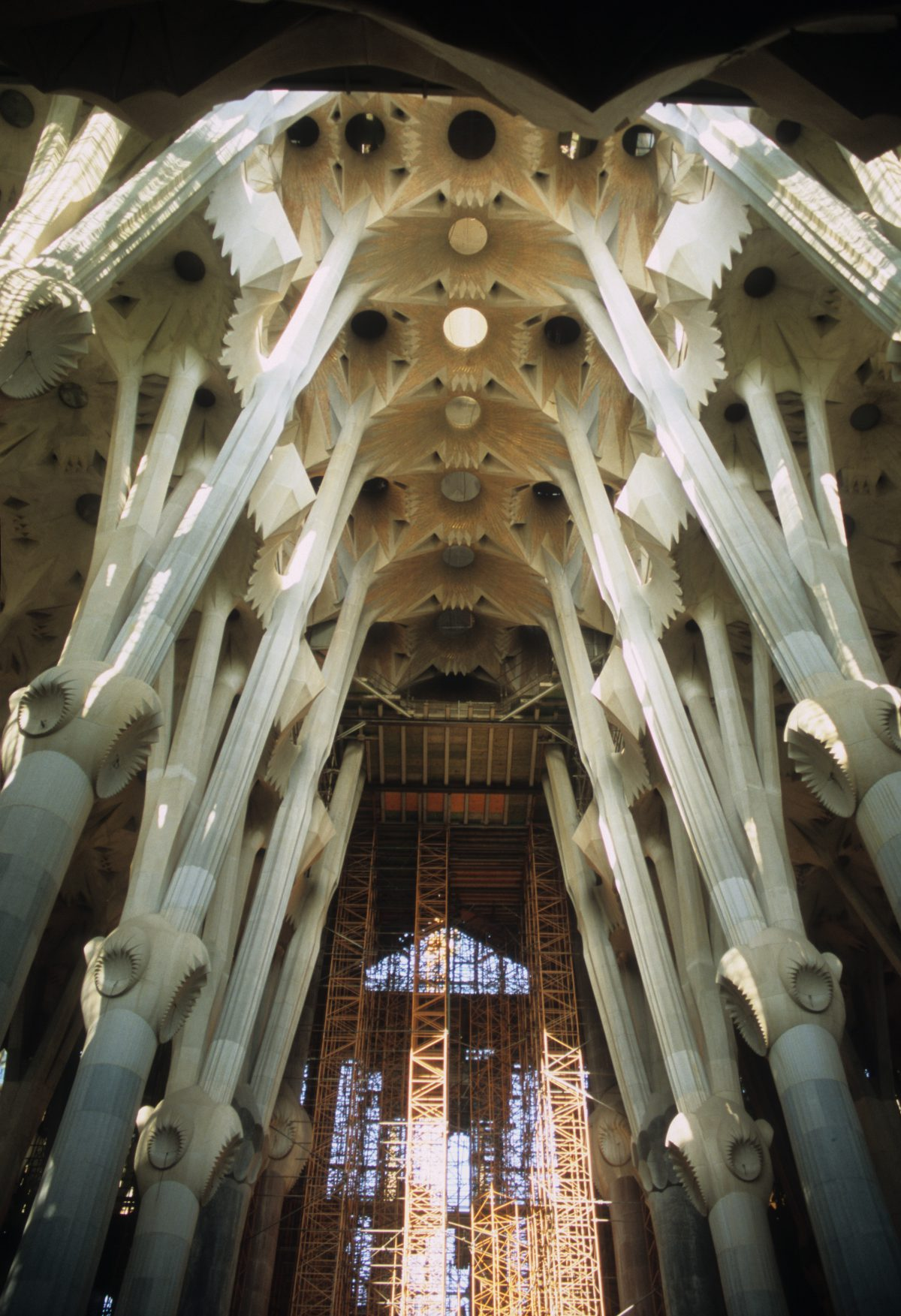 Sagrada Família - Gaudí, building, church, design