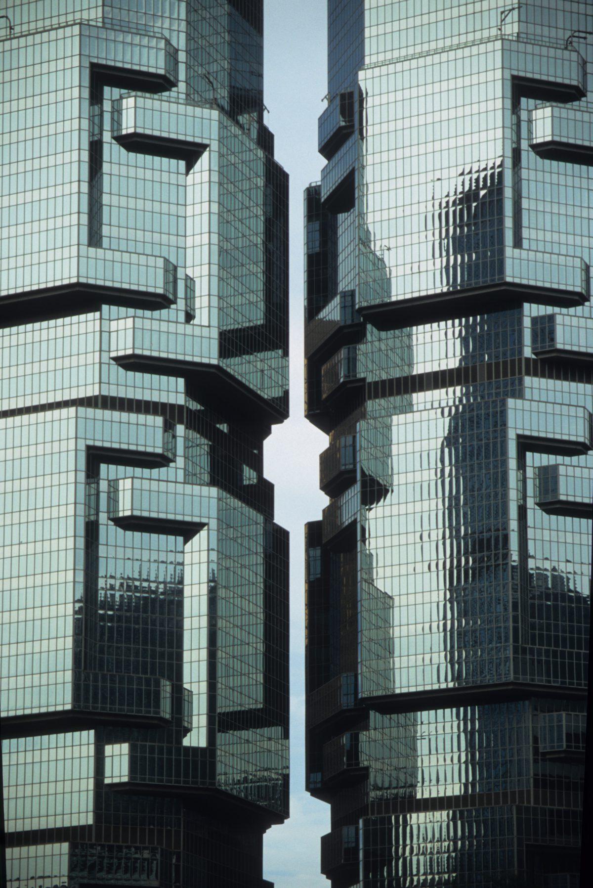 Lippo Center - The Koala Tree, reflection, building