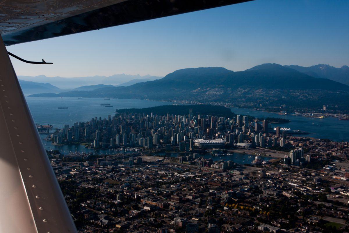 seaplane, city
