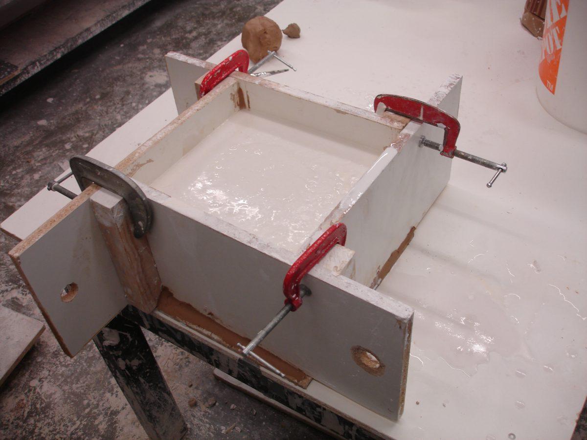 Conqueror wip - Fill the box the plaster, process, plaster, mold, sculpture, ch3