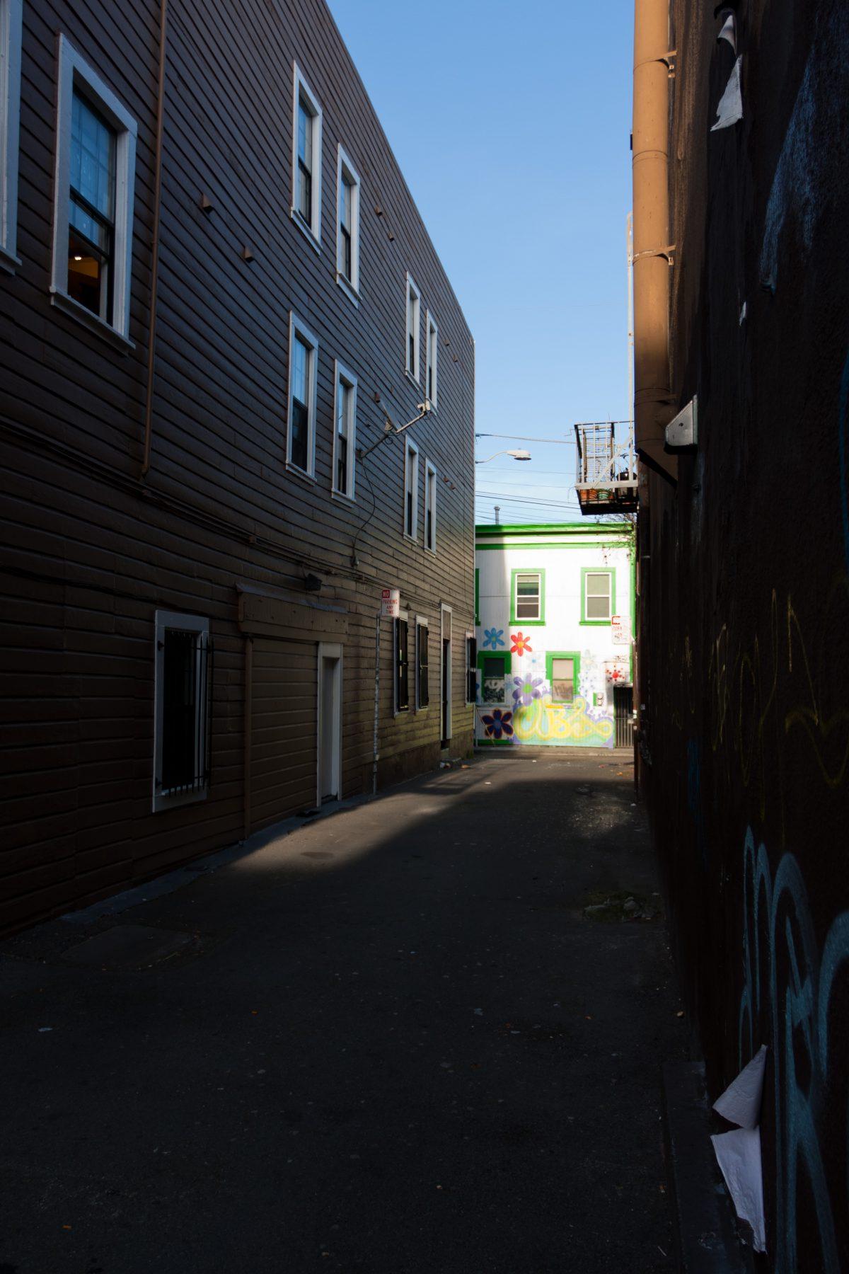 Back alley - around Misiion, alley, graffiti