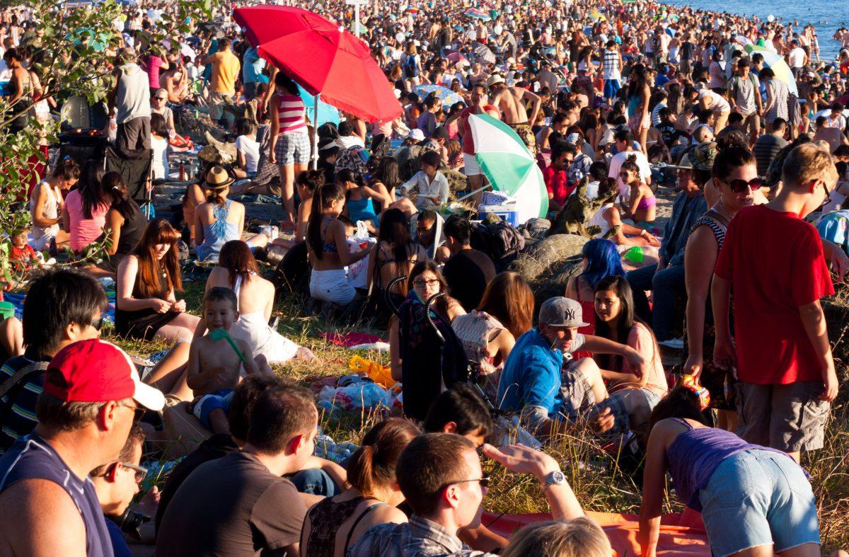At capacity, crowd, sea