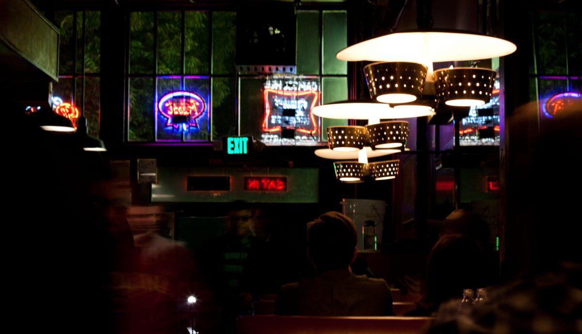 Mario's Pizza, bar, night, drink