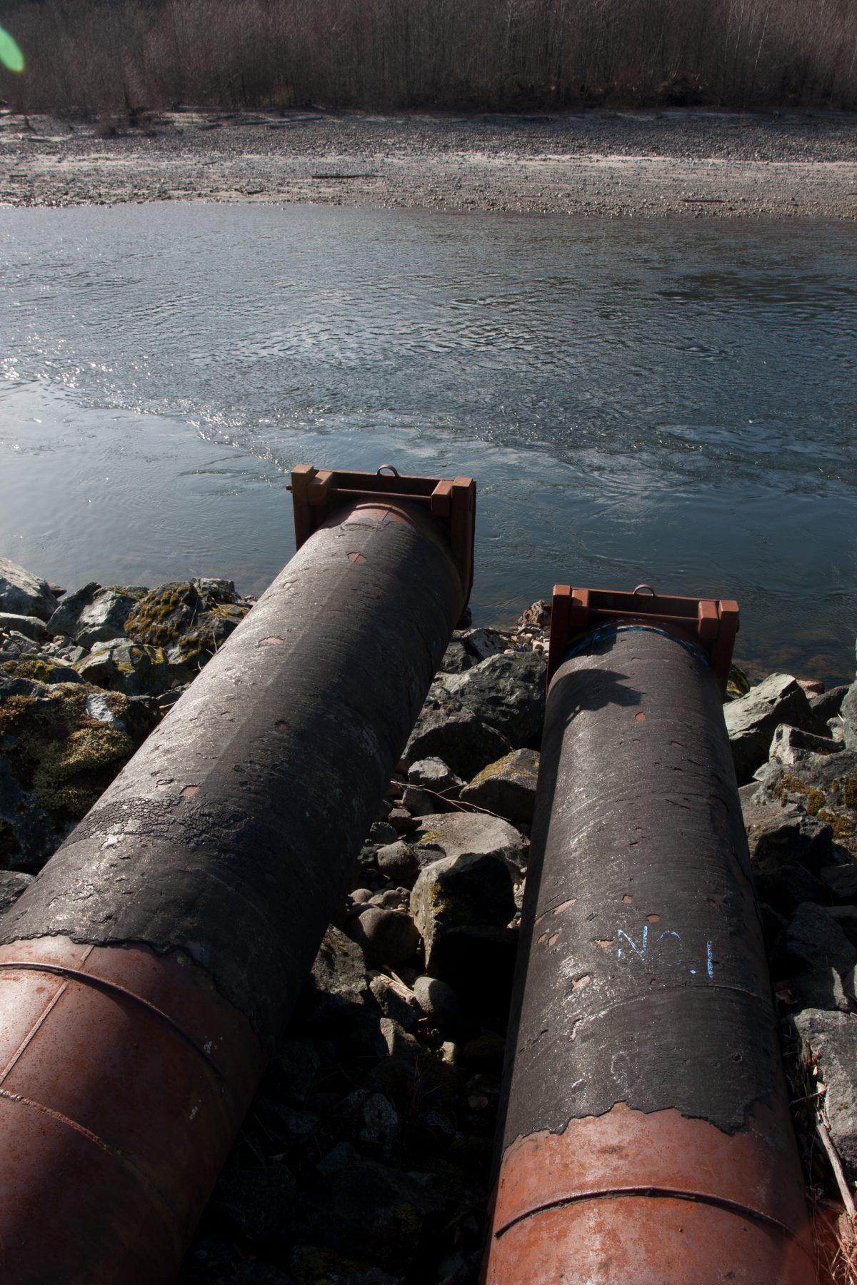 river, pipe