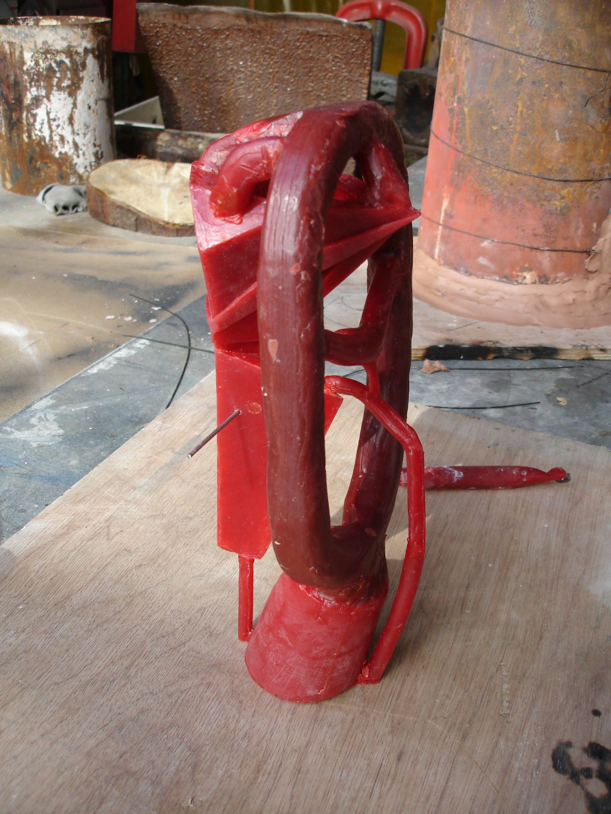 Divider - wip - Add a pin to hold the core, ch3, sculpture, process, wax