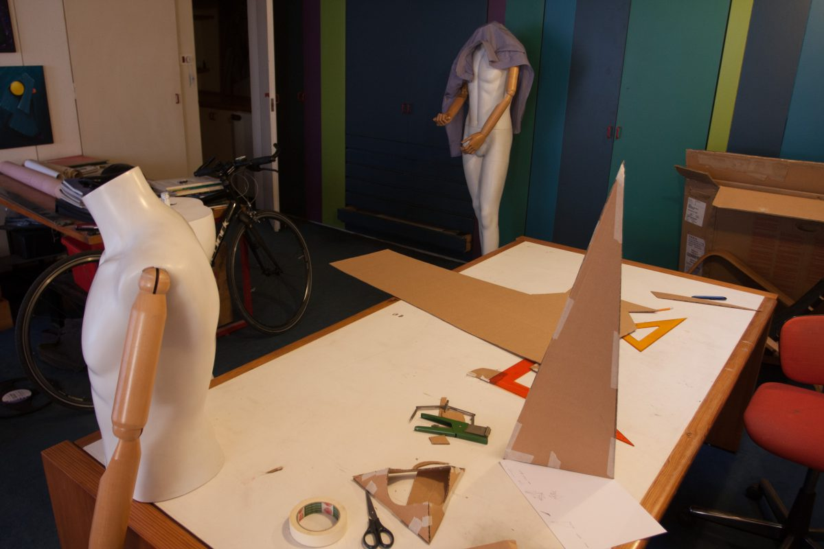 Mannequins and cardboard mockups, process, mannequin