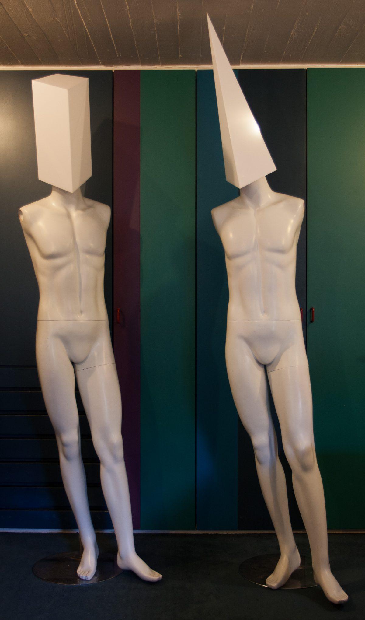 Head attatchement, process, mannequin