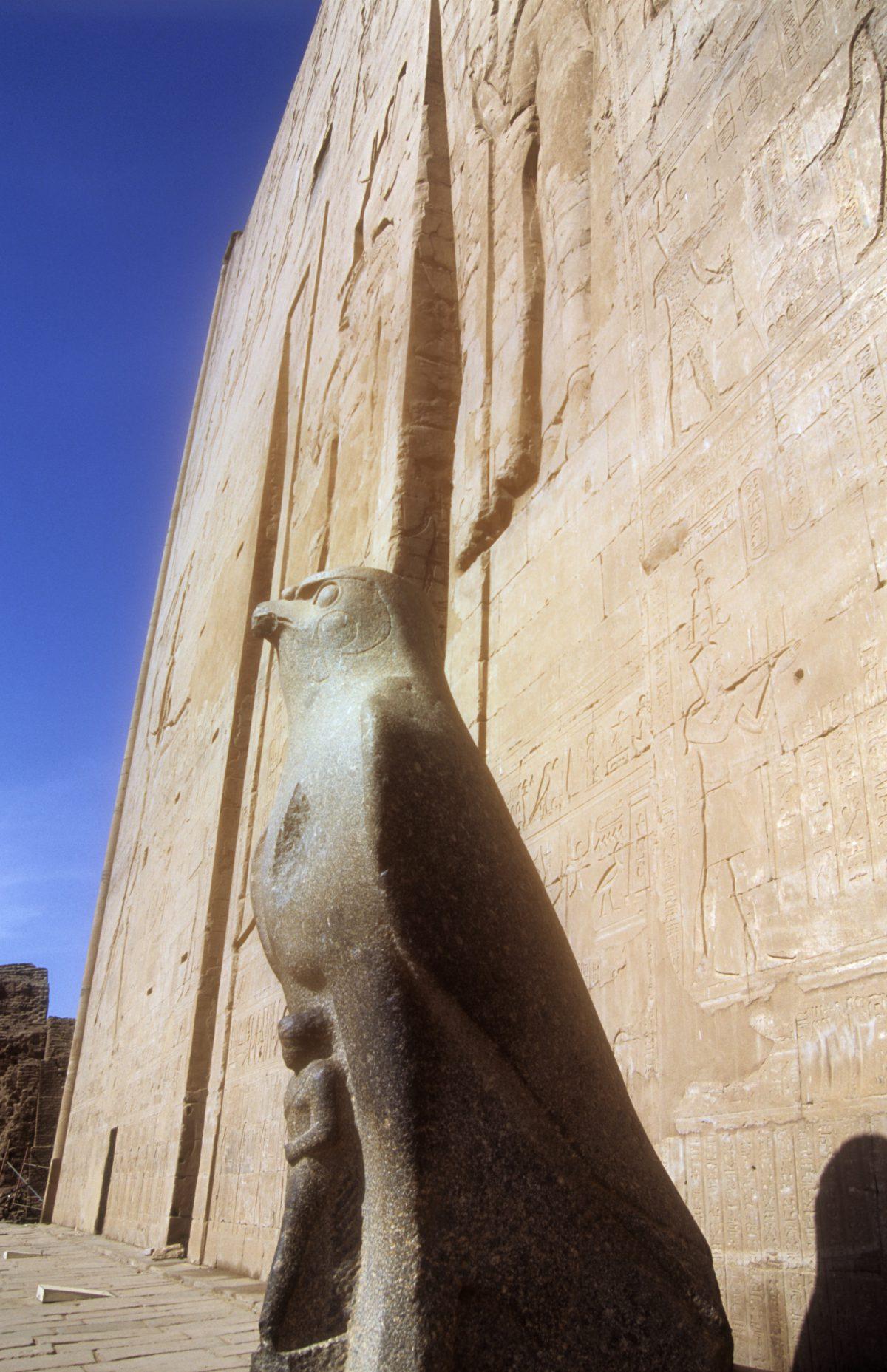 landmark, detail