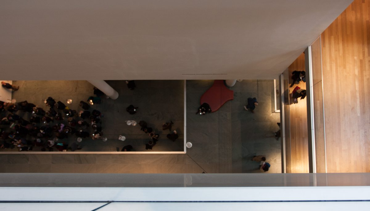 MOMA, building, museum, people