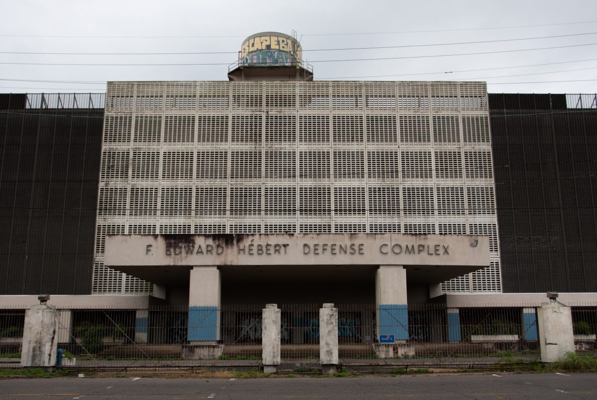 building, decay