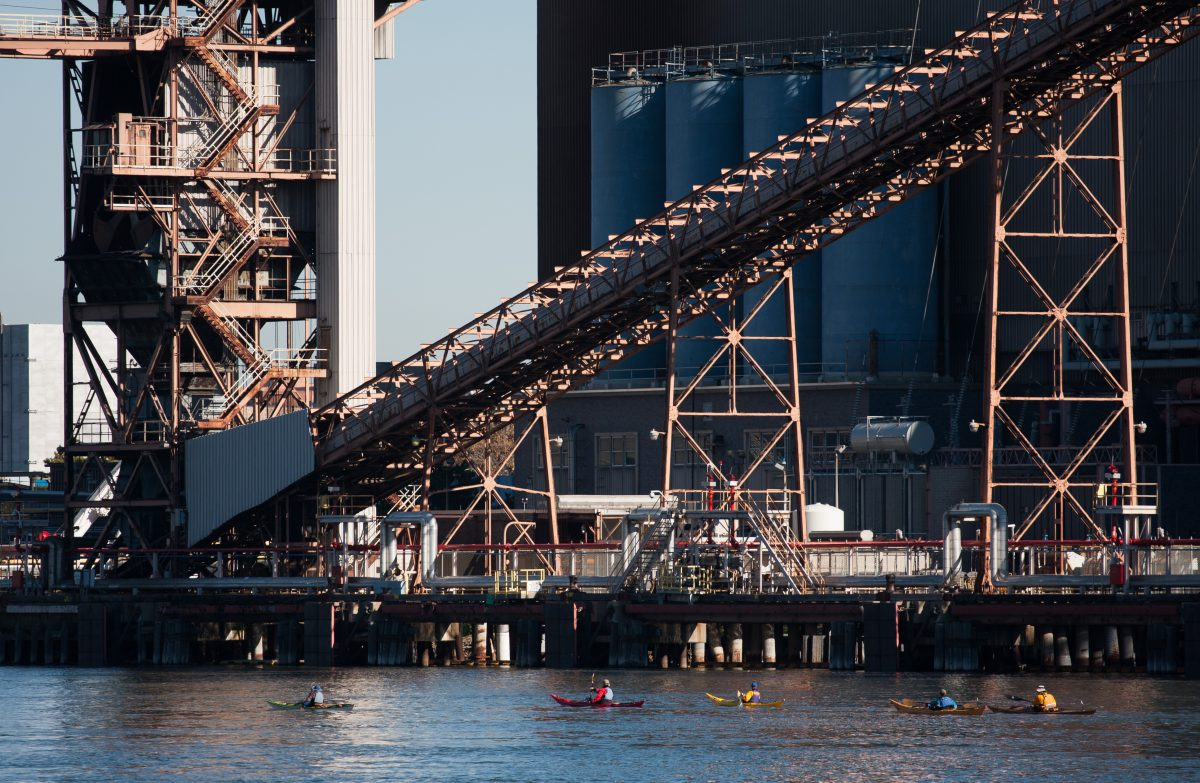 Roosevelt Island, river, water, industrial