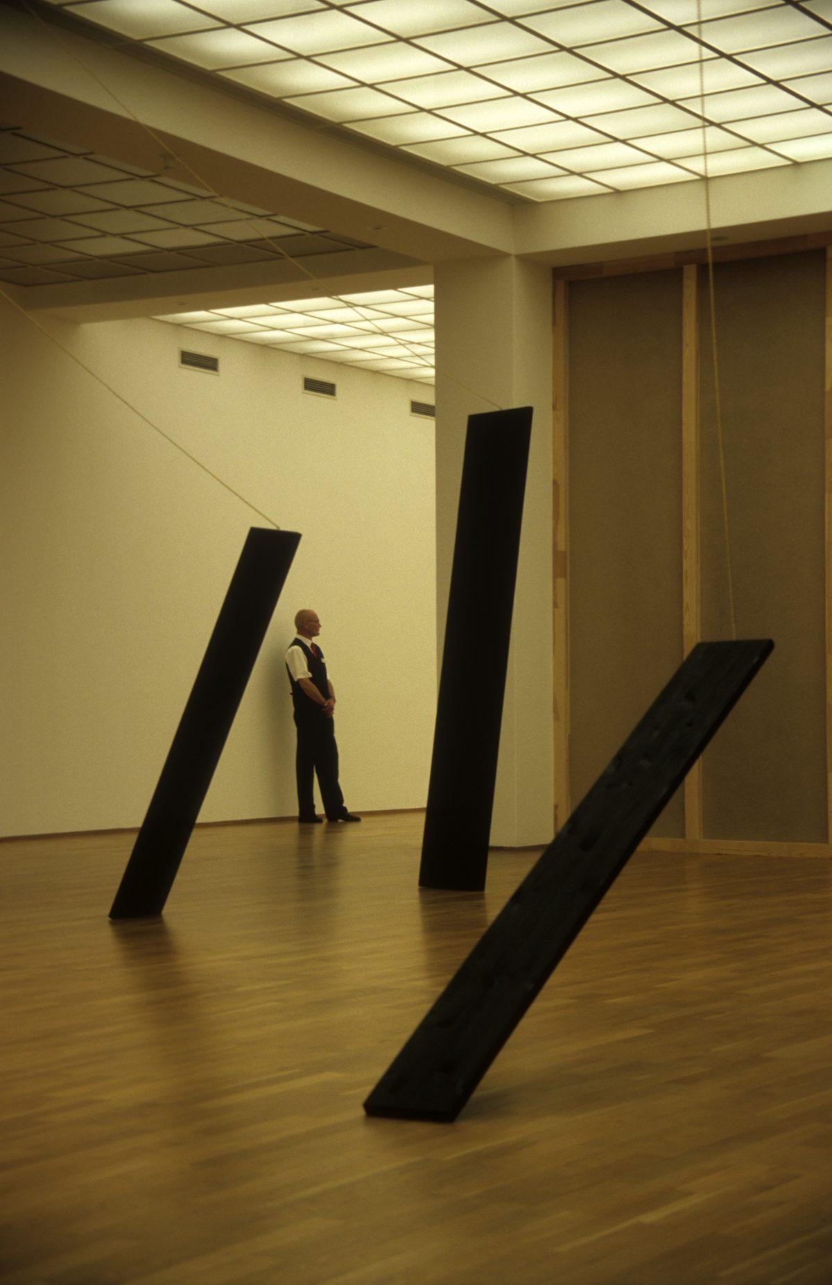 Security - At Hamburger Bahnhof Contemporary art museum, art, museum, male, sculpture