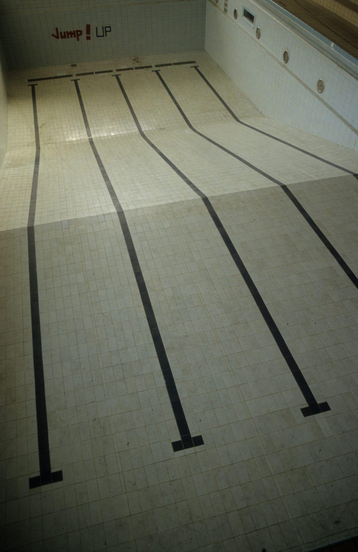 Swimming pool, pool, decay