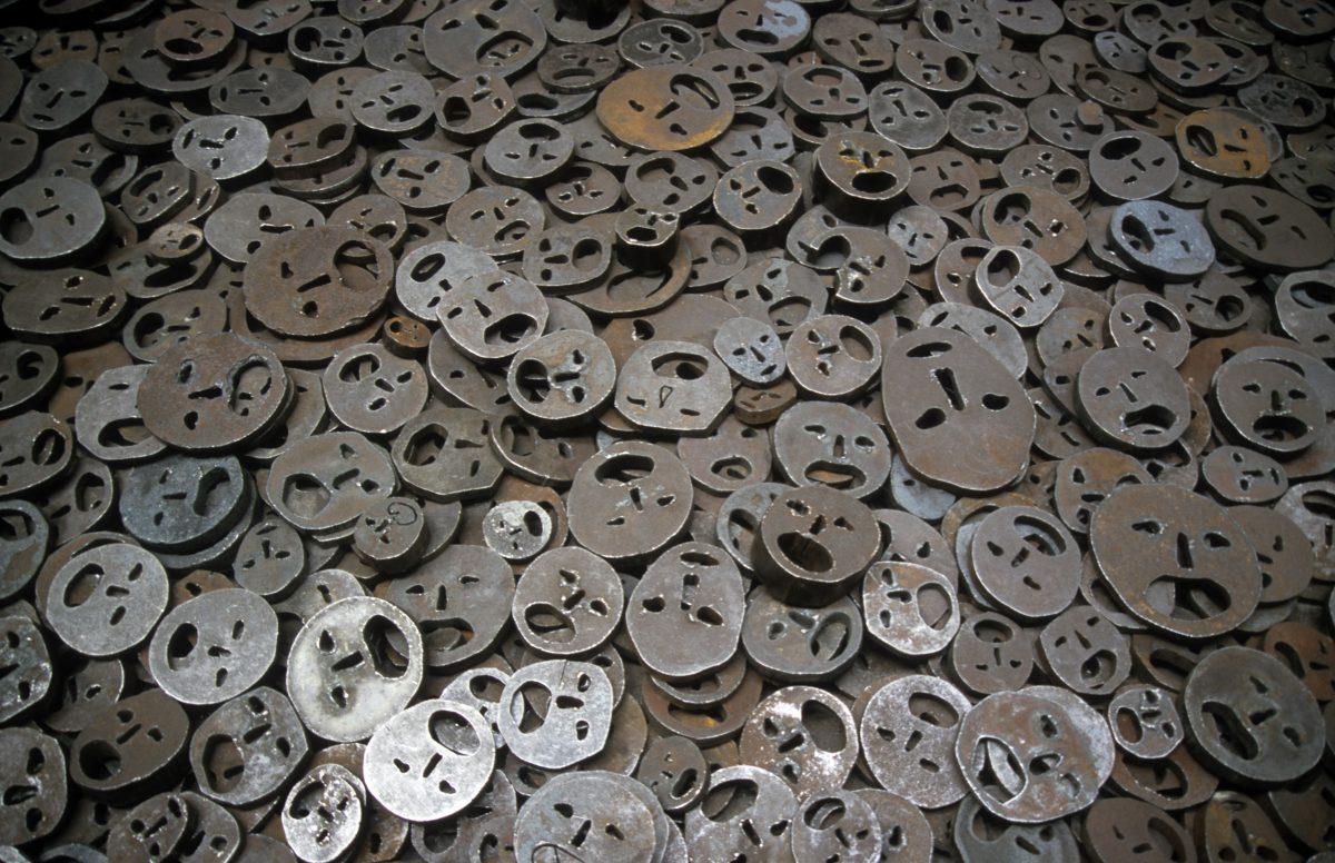 Fallen leaves - Menashe Kadishman's installation at Jewish Museum. 10000 coarse iron faces., museum, art, sculpture